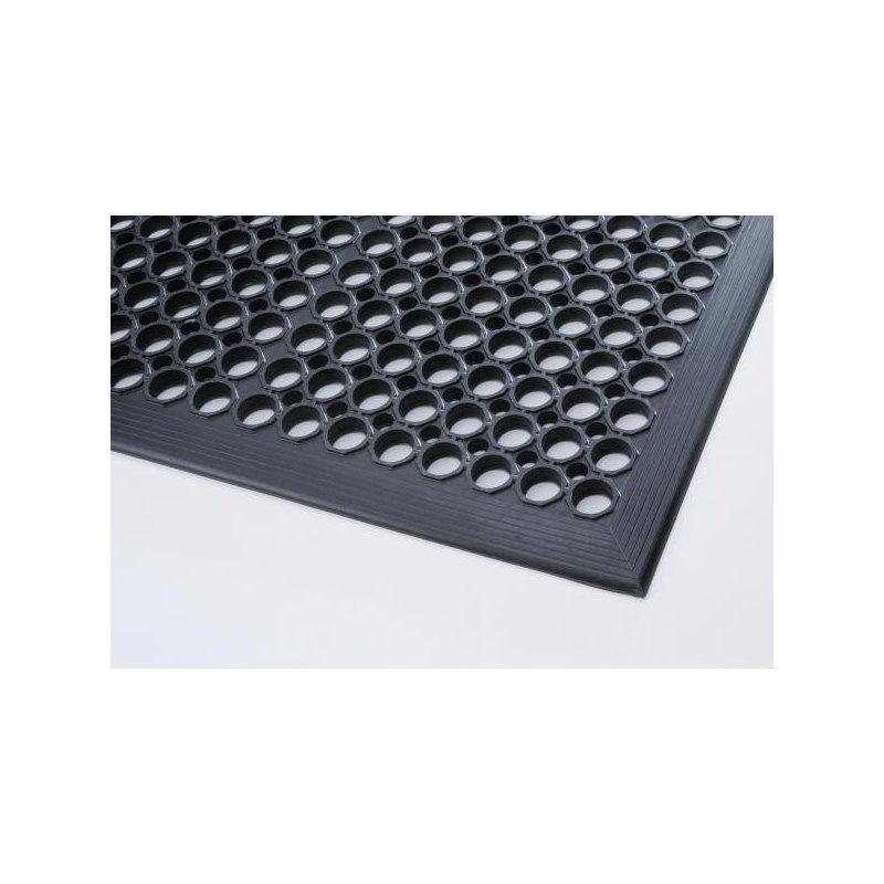 Mata gumowa czarna ażurowa z najazdem dla przemysłu Sanitop