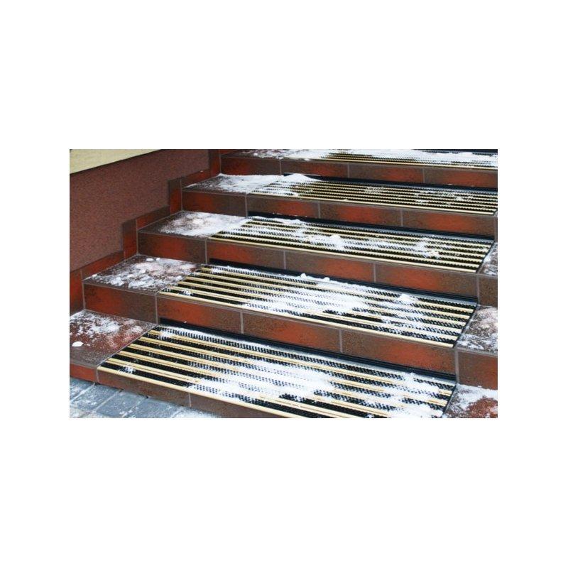 Mata antypoślizgowa Alustep na schody zdjęcie realizacji