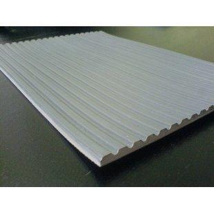 Electro-insulating grey walkway