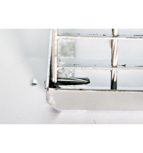 Wycieraczka metalowa krata uchylna antykradzieżowa
